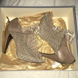 AERIN Open Toe Laced Up booties